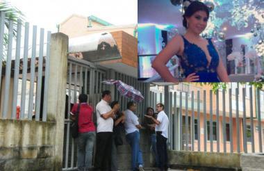 Familiares de Karla Solano esperan a las afueras de las instalaciones de Medicina Legal.