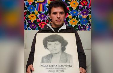 Érik Arellana Bautista, hijo de la militante del M19 Nydia Erika Bautista, desaparecida forzadamente el 30 de agosto de 1987.