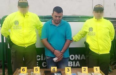 Erick Bladimir Jaimes Vargas, alias Maximiliano, durante la captura realizada en Girón, Santander.