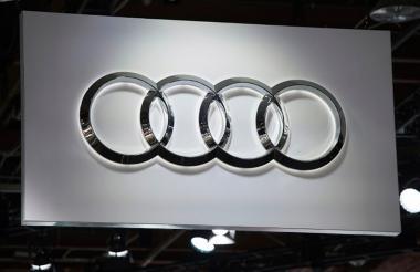 El logotipo de la marca alemana de carros Audi .