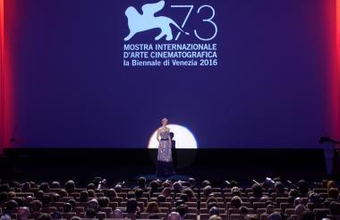 La actriz italiana Sonia Bergamasco en el festival.