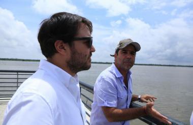 Jaime Pumarejo junto al alcalde de Barranquilla Alejandro Char.