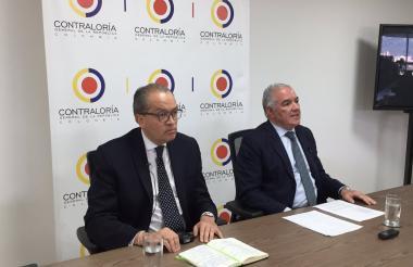 Fernando Carrillo Flórez y Edgardo Maya Villazón.
