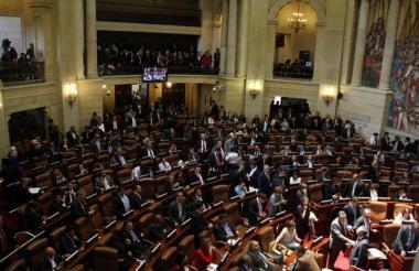 Uno de los aspectos más polémicos de la Reforma Política es la eliminación de tres causales de pérdida de investidura parlamentaria.