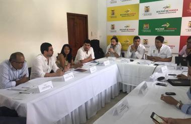 Alcaldes y delegados de la región Caribe durante la reunión realizada ayer en Cartagena.