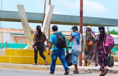 Ante la crisis en Venezuela, miles de familias han llegado a Colombia .