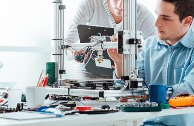 La ingeniería es una de las carreras más demandadas en Colombia y demás países del mundo.