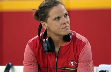 Katie Sowers, asistente de los San Francisco 49ers.