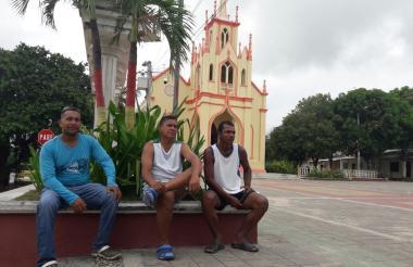 Xavier Escorcia, Joaquín Berrocal y Santander Cueto dijeron que no sintieron el temblor en Malambo.