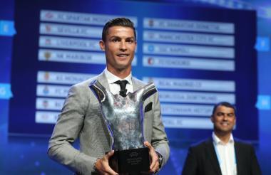 Cristiano Ronaldo al recibir su premio.