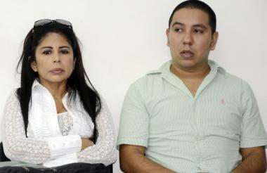 Érika Ordóñez y David Jinete durante una audiencia.