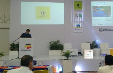Ministro de vivienda Jaime Pumarejo en el noveno foro regional de infraestructura CCI Norte.