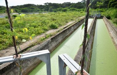 Esta es una de las obras paralizadas de la laguna de oxidación ubicada en la capital sucreña.