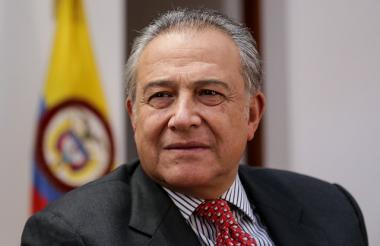 Vicepresidente, Óscar Naranjo.