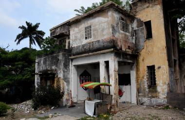 Casa abandonada en la calle 59 con 53.