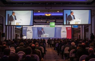 El ministro de Minas y Energía, Germán Arce en el Congreso de ACP.