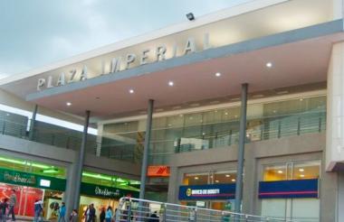 Centro comercial Plaza Imperial.