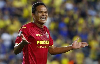 El delantero porteño Carlos Bacca reacciona tras una opción de gol que no se pudo concretar.