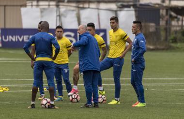 Ecuador, entrenando.