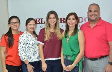 Lubia Peña, Gigliola Bocanegra, Andrea Zambrano, Diana Casas y Jorge Miller, miembros de Fitac.