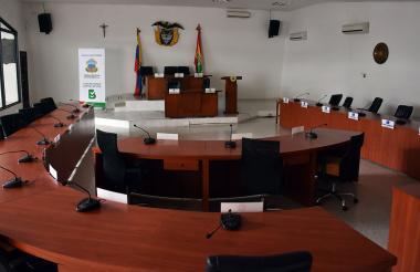 Aspecto vacío del recinto del Concejo, luego de que se levantara la sesión este lunes.