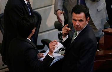 Rodrigo Rivera, ministro del Interior, en la sesión de este lunes en el Congreso.