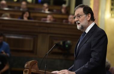 El primer ministro español, Mariano Rajoy, habla en el Parlamento español.