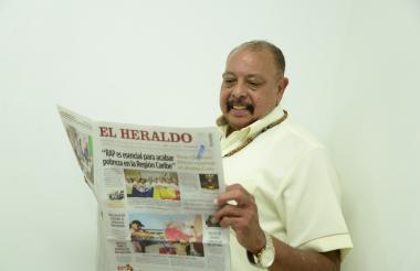 Juan Piña durante su visita en el periódico EL HERALDO.