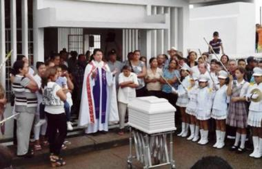 Los restos de Jairo Zapa Pérez fueron sepultados en el cementerio central de Cereté, en junio de 2014.