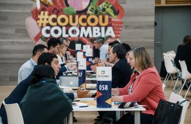 Empresarios colombianos, en citas de negocios.