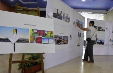 Exhibición de las propuestas del concurso en el Hotel Sonesta.
