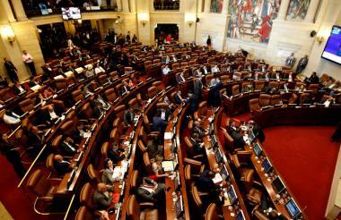 En la Cámara de Representantes continua el debate de la Justicia Especial para la Paz.