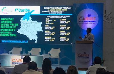 Una de las ponencias realizadas en el Foro Caribe: con paso firme hacia la economía digital.