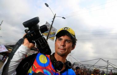 Angello trabajaba hace siete años con su primo Manuel Alzamora en la producción de videos.
