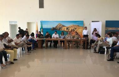 Reunión con los ministerios de Hacienda, Defensa y Minas y Energía.
