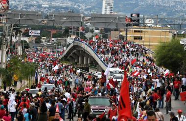 Siguen marchas por presunto fraude electoral en Honduras