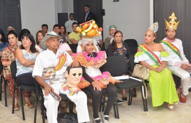 Hacedores del Carnaval se hicieron presentes en el panel.