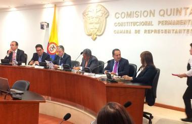 El debate en la Comisión Quinta de Cámara.