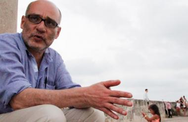 El escritor, periodista, guionista y catedrático bolivarense Pedro Badrán.
