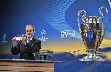 Giorgio Marchetti, director de la UEFA.
