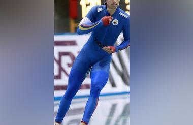 El patinador colombiano Pedro Causil en acción.