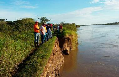 Aspecto del deterioro de los diques construidos en La Mojana.