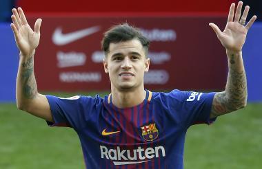Coutinho, feliz con su presentación oficial en el Barcelona.
