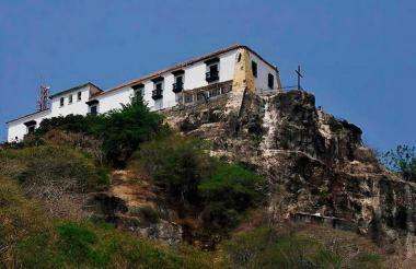 Convento de Santa Cruz, en la cima del cerro de La Popa, en Cartagena.
