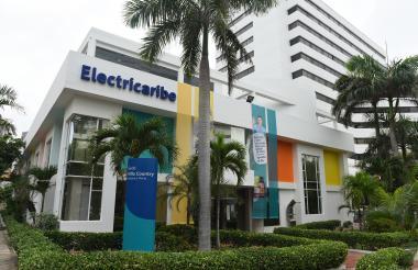 Fachada de la empresa Electricaribe en Barranquilla.