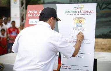 El gobernador de Bolívar Dumek Turbay Paz destacó el impacto de estas obras.