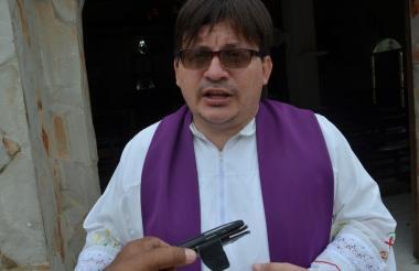 Sacerdote William Andrés Silva.