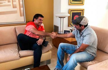 El alcalde (e) de Riohacha, Miguel Enrique Pugliese Chassaigne se entrevistó con su colega de Barranquilla, Alejandro Char, para compartir experiencias exitosas.