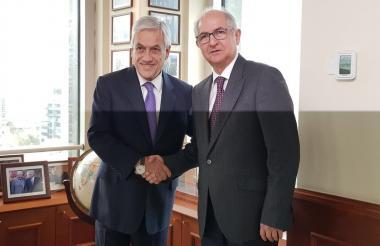 El exalcalde de Caracas, Antonio Ledezma, y el presidente chileno, Sebastián Piñera.