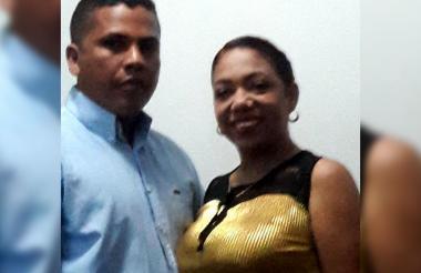 Sandra Milena Quintero Yepes en una foto del álbum junto a su esposo Iván Alberto Barrios de la Hoz